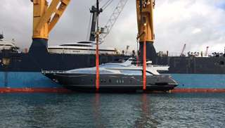 Yacht ready for shipping by Peters & May