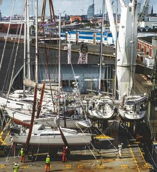 Peters & May Loadmasters moving Sailing Yachts
