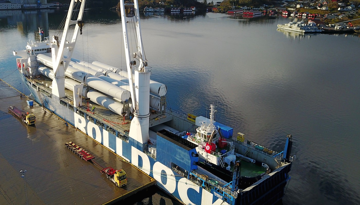 loading of full deck of wind turbines