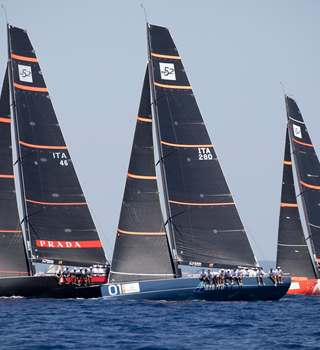 Peters & May 52 SUPER SERIES Puerto Portals