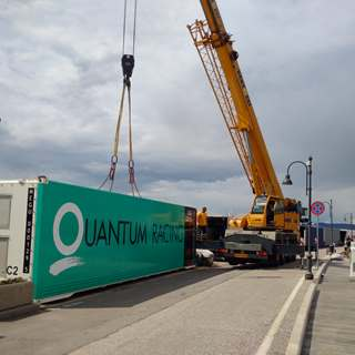Peters & May provide logistics support for Quantum Racing