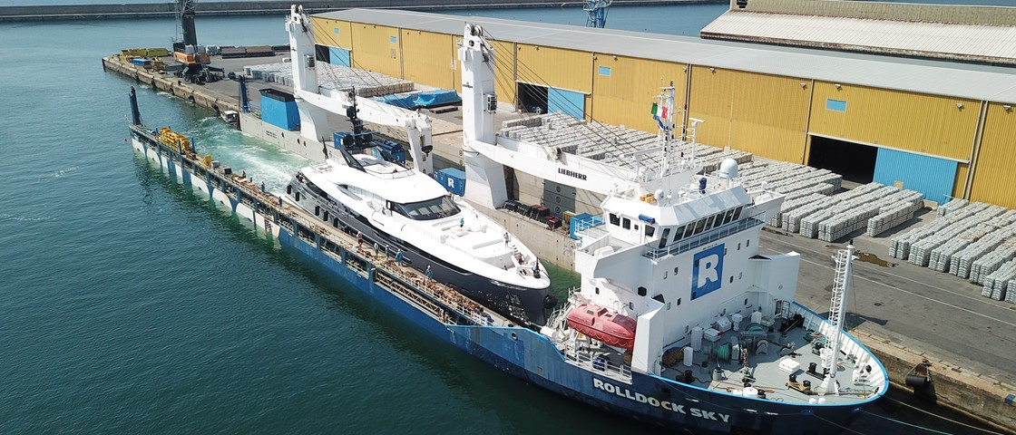 Superyacht Rendezvous Partnership I Peters May