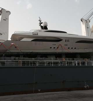 Superyacht Transported by Peters & May