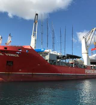 Peters & May shipping a Superyacht and Racing Yachts