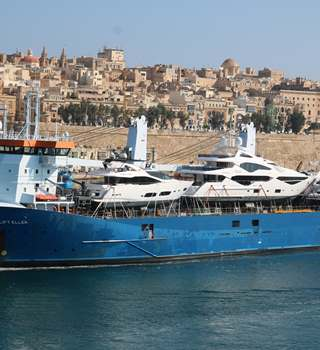 Yacht Transportation - Vessel arriving in Malta