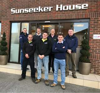 Loadmasters visit Sunseeker house for a tour